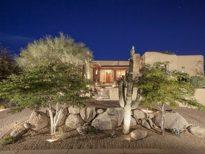 Maison unifamiliale for sales at Very Special Southwest Inspired Home in Troon Village 11390 E Desert Troon Lane  Scottsdale, Arizona 85255 États-Unis