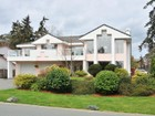 단독 가정 주택 for sales at Gorgeous Family Home 2635 Crystalview Drive Victoria, 브리티시 컬럼비아주 V9B5W5 캐나다