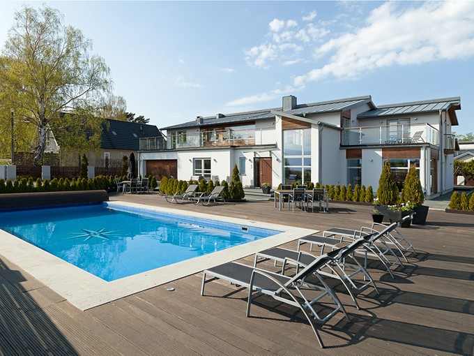 Single Family Home for sales at Magnificent home with spacious areas Stegerholmsvägen 28 Other Vastra Gotaland, Vastra Gotaland 42167 Sweden
