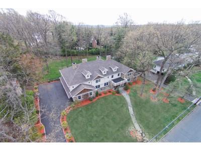Moradia for sales at Magnificent! 175 Hartshorn Dr Short Hills, Nova Jersey 07078 Estados Unidos