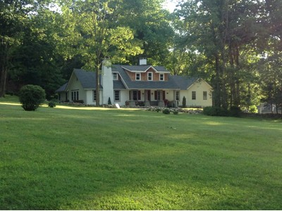 Single Family Home for  at Park Cottages 18 Ridge Road Tuxedo Park, New York 10987 United States
