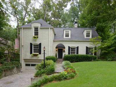 단독 가정 주택 for sales at Elegant Buckhead Renvoation 388 Brentwood Drive NE Atlanta, 조지아 30305 미국