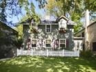 一戸建て for  sales at Very special home on coveted street 821 Milburn Street   Evanston, イリノイ 60201 アメリカ合衆国