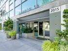 Condomínio for  sales at Carbon 56 2015 Terry Ave #314   Seattle, Washington 98121 Estados Unidos