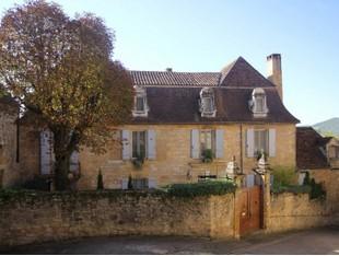 Residência urbana for sales at Maison XVIIème XVIIIème Vallée de la Dordogne street Other Dordogne, Dordogne 24220 França