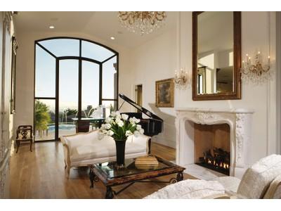 Частный односемейный дом for sales at Completely Renovated Whispering Ridge Home Is Absolutely Stunning 24350 N Whispering Ridge Way #24 Scottsdale, Аризона 85255 Соединенные Штаты