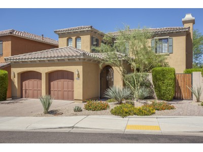 Maison unifamiliale for sales at Lovely Luxury Home With Privacy And Mountain Views In Gated Windgate Ranch 10082 E South Bend Drive  Scottsdale, Arizona 85255 États-Unis