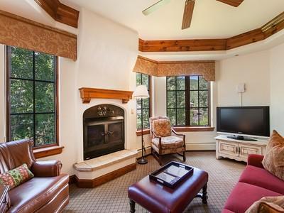 Kısmi Mülkiyet for sales at Austria Haus #200-6 242 E Meadow Drive #200-6 Vail, Colorado 81657 Amerika Birleşik Devletleri