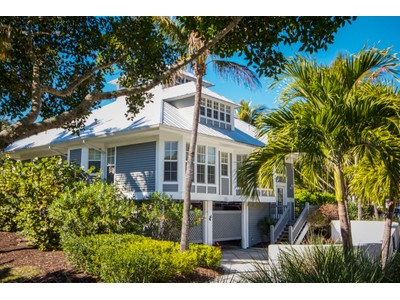 Vivienda unifamiliar for sales at Seawatch 12 12 Seawatch Drive Boca Grande, Florida 33921 Estados Unidos