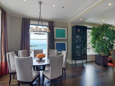 Nhà chung cư for sales at Extraordinary Condo at The Palmolive! 159 E Walton Place Unit 14A Chicago, Illinois 60611 Hoa Kỳ