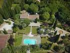 Casa multifamiliare for sales at SOLE AGENT - A property with genuine charm  Grasse, Provenza-Alpi-Costa Azzurra 06810 Francia