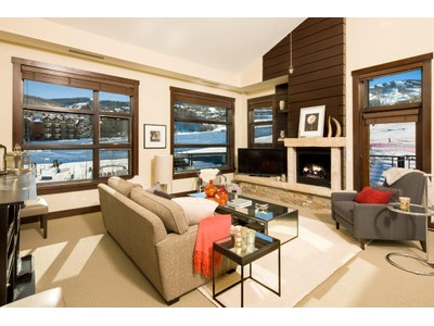 Nhà chung cư for sales at Hayden Lodge Unit 2301 120 Carriage Way Unit 2301 Snowmass Village, Colorado 81615 Hoa Kỳ