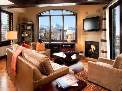 Appartement en copropriété for sales at Lumiere, Unit 604 118 Lost Creek Lane Lumiere, Unit 604  Telluride, Colorado 81435 États-Unis