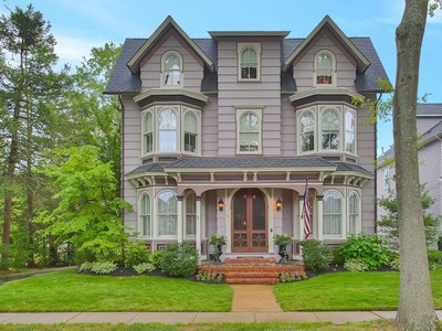 一戸建て for sales at Unique Find ~ Restored Victorian 75 Morris Ave  Manasquan, ニュージャージー 08736 アメリカ合衆国