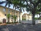 Maison de ville for sales at 3356 Bird Ave 16  Coconut Grove, Florida 33133 États-Unis