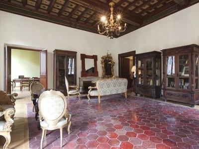 Căn hộ for sales at Majestic apartment close to Palazzo Farnese  Rome, Rome 00186 Ý