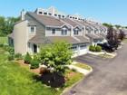 콘도미니엄 for sales at Bay View Condominiums 51 Lawton Brook Lane Portsmouth, 로드아일랜드 01871 미국
