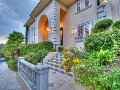 Vivienda unifamiliar for sales at 4440 Hayvenhurst Ave  Encino, California 91436 Estados Unidos