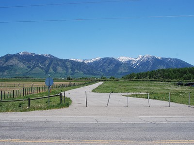 Terrain for sales at Mixed Use Land in Thayne, Wy Lots 1-5 Hidden Creek Subdivision Thayne, Wyoming 83127 États-Unis