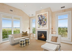 Additional photo for property listing at Premier Quogue Oceanfront 204 Dune Road Quogue, New York 11959 United States