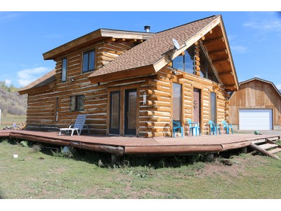 Частный односемейный дом for sales at Log Style Home on Five Acres 106 Misty Meadows Lane Etna, Вайоминг 83118 Соединенные Штаты
