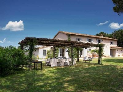 for sales at Exclusive vineyard estate in Maremma Bolgheri Bolgheri, Livorno 57022 Italien