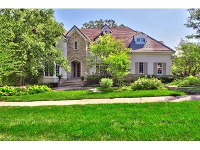 Casa Unifamiliar for sales at 228 N Oak   Hinsdale, Illinois 60521 Estados Unidos