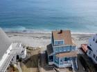 Maison unifamiliale for sales at Rare Waterfront Nantasket Beach Home 361 Beach Ave Hull, Massachusetts 02045 États-Unis