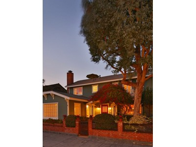Vivienda unifamiliar for sales at 445 35th Street  Manhattan Beach, California 90266 Estados Unidos