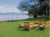 Land for sales at Waterfront Estate Site 3880 Paradise Drive   Tiburon, California 94920 United States