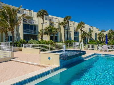 Nhà chung cư for sales at Oceanfront Condo in Baytree 8444 Oceanside Dr # D-12 Vero Beach, Florida 32963 Hoa Kỳ