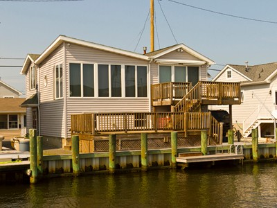 Maison unifamiliale for sales at Lovely Waterfront Home 231 Gull Lane  Lavallette, New Jersey 08735 États-Unis