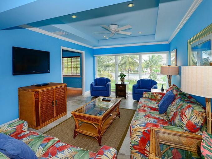 Nhà chung cư for sales at Waterfront Condominium Living at Ocean Reef 65 Anchor Drive Unit B Key Largo, Florida 33037 Hoa Kỳ