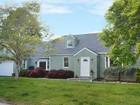 獨棟家庭住宅 for sales at University Area Delight 93 Ryegate Road  Fairfield, 康涅狄格州 06824 美國