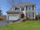 Casa para uma família for sales at Pristine Southport Colonial 25 Taylor Place Southport, Connecticut 06890 Estados Unidos