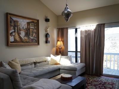 콘도미니엄 for sales at Pristine Condo 220 Montauk Highway Unit 41  Speonk, 뉴욕 11972 미국