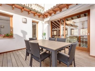 Duplex for sales at Historic refurbished Penthouse in Palma city    Palma, Mallorca 07003 España
