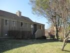 Casa para uma família for sales at 304A South Trail  Stratford, Connecticut 06614 Estados Unidos