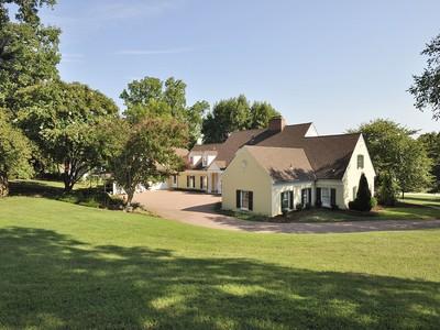 Einfamilienhaus for sales at Gibson Island 771 Skywater Rd  Gibson Island, Maryland 21056 Vereinigte Staaten