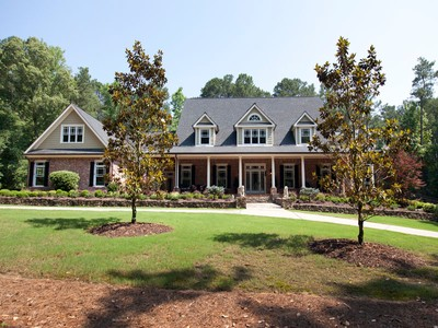 Casa Unifamiliar for sales at Southern Elegance in Cherokee 100 Morgan Lane Canton, Georgia 30115 Estados Unidos