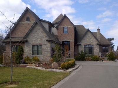 Casa para uma família for sales at Superior 'French Country' Bungalow 14456 Niagara River Parkway Niagara On The Lake, Ontario L0S1J0 Canadá