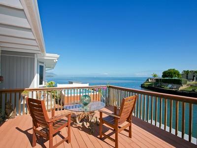 Maison unifamiliale for sales at Alii Shores Waterfront 46-127 Yacht Club Place Kailua, Hawaii 96734 États-Unis
