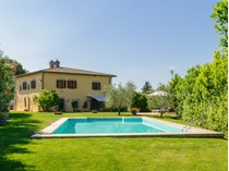 Single Family Home for sales at Beautifull villa with exceptional vineyard and olive groves close to Siena Siena Area   Siena, Siena 53040 Italy