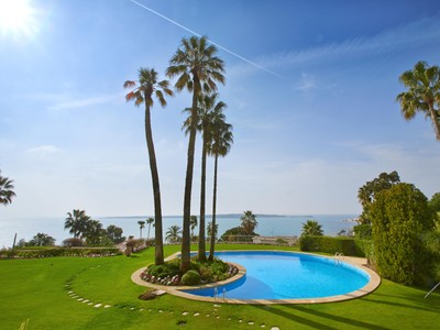 Nhà ở một gia đình for sales at Luxurious 4 rooms apartment with sea view in Cannes Californie  Cannes, Provence-Alpes-Cote D'Azur 06400 Pháp