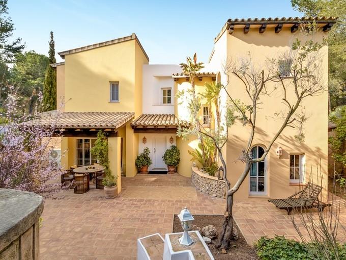 Einfamilienhaus for sales at Fantastische, west-orientierte Villa in Santa Ponsa  Nova Santa Ponsa, Mallorca 07180 Spanien