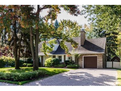Villa for sales at Saint-Lambert 509 Av. de Dulwich  Saint-Lambert, Quebec J4P2Z7 Canada