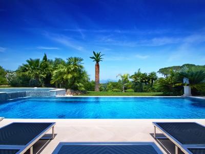 Einfamilienhaus for sales at Somptuous property with beautiful sea views  Saint Tropez, Provence-Alpes-Cote D'Azur 83990 Frankreich