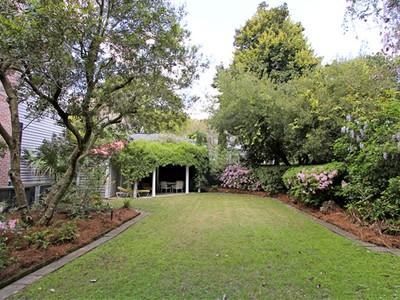 独户住宅 for sales at 4 Greenhill Street  Charleston, 南卡罗来纳州 29401 美国