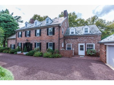 Villa for sales at They Just Don't Make Them Like This Anymore 117 Mercer Street  Princeton, New Jersey 08540 Stati Uniti