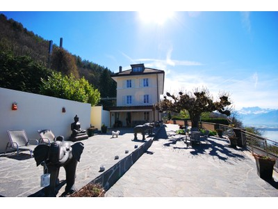 Casa Unifamiliar for sales at Incredible property with panoramic view  Chernex-Sur-Montreux, Vaud 1822 Suiza